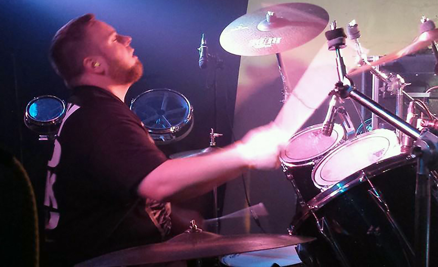 Jesse Roedts: Drums & Percussion