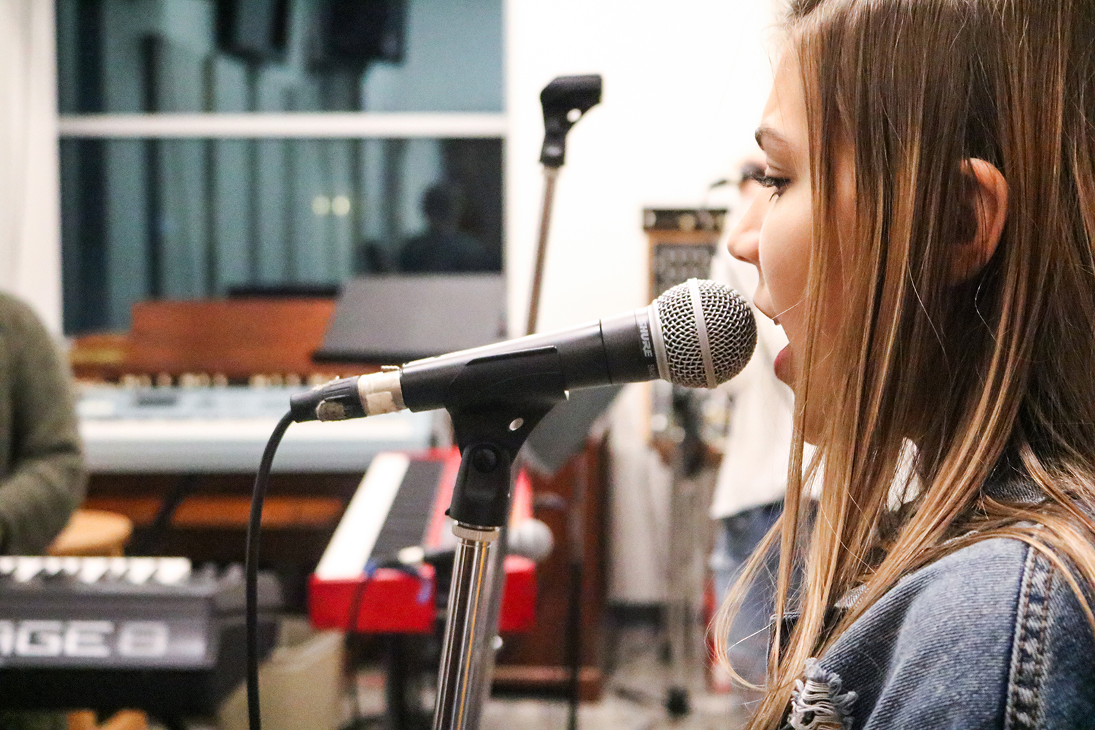 Cece_Singing