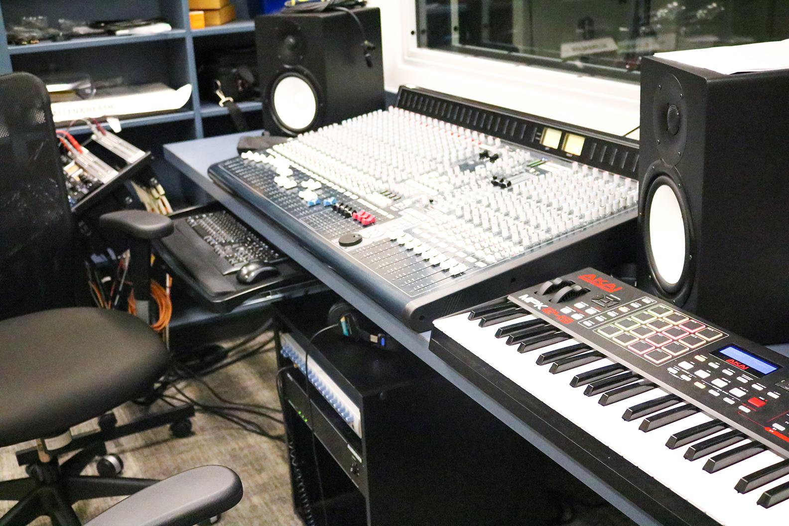 Recording_Studio_2