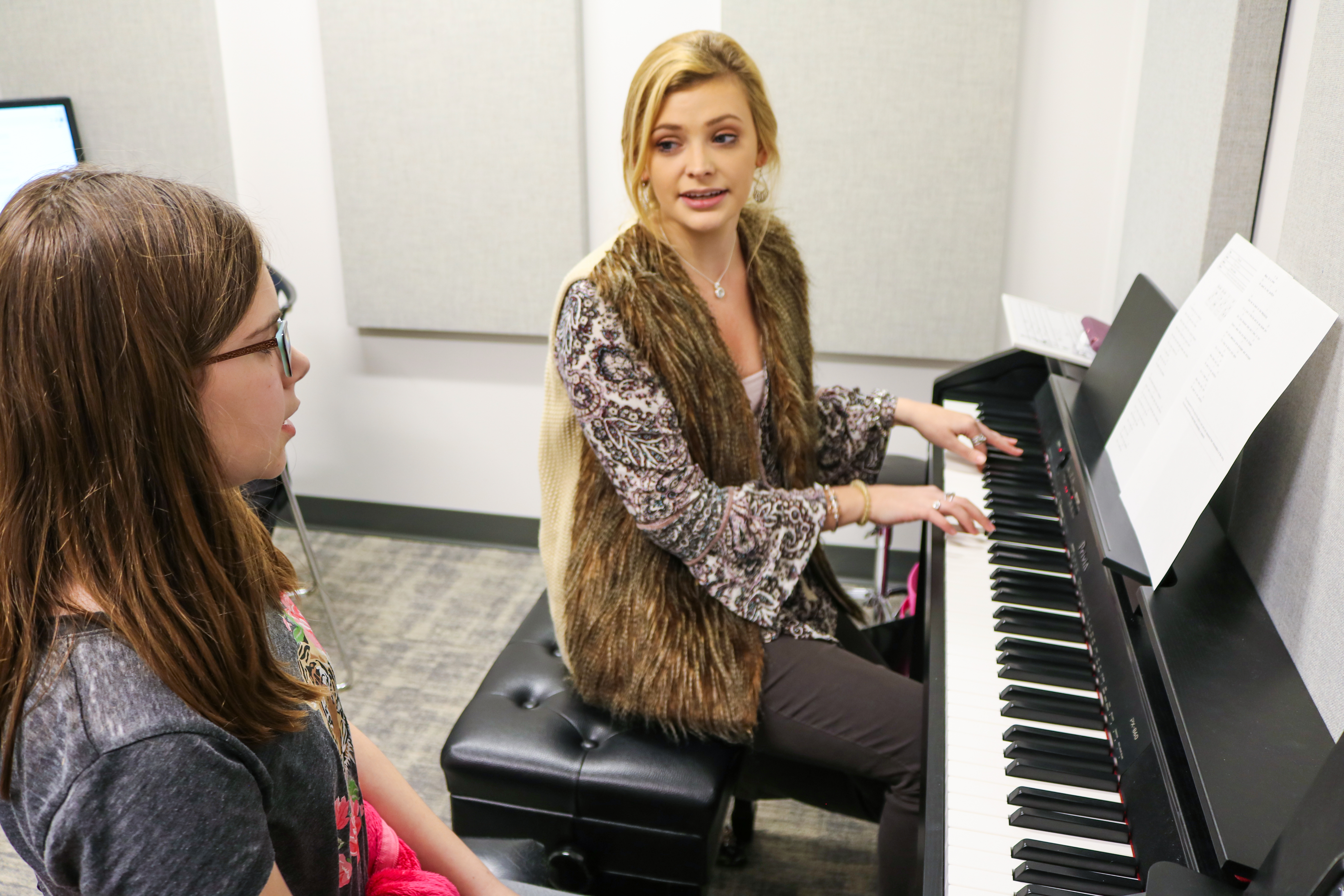 Katie_Giving_Lessons_3