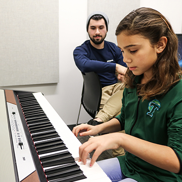 Keyboard_Lesson_with_Jaron_1